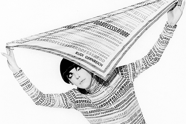 Peggy Moffitt modeling ensemble designed by Rudi Gernreich, Fall 1968 collection
