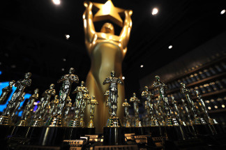 Replicas of Oscars' statues are on display in a shop in front of the Kodak Theater in Hollywood, California on March 1, 2010. the 82nd Academy Awards ceremony will take place at the Kodak Theater next March 7.