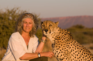 Dr. Laurie Marker and Chewbaaka the cheetah