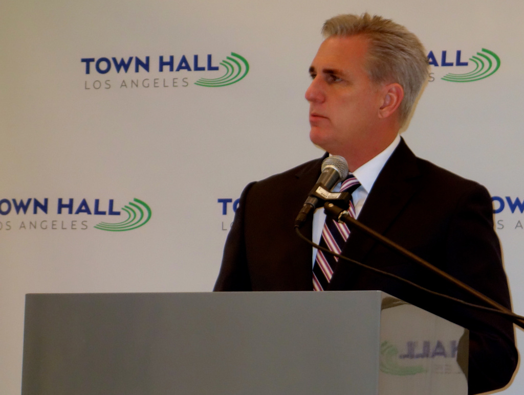 House Majority Leader Kevin McCarthy (R-Bakersfield) speaks to a lunch audience Feb. 6, 2015 at Town Hall Los Angeles, a nonpartisan public affairs group.