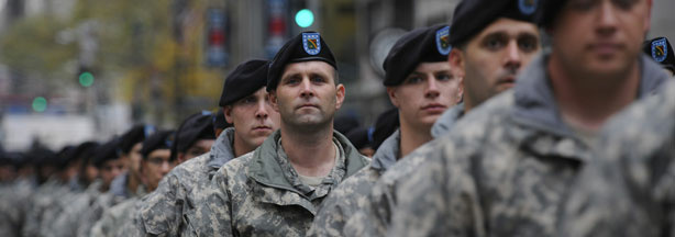 US soldiers march along fifth avenue as part of the Veterans Day parade in New York, November 11, 2009. US President Barack Obama pledged Wednesday that American troops fighting in Iraq and Afghanistan would not have their trust betrayed like those who served in Vietnam.