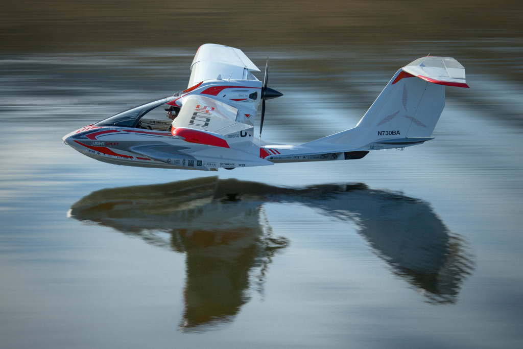 Roy Halladay, the 40-year-old former Blue Jays and Phillies pitcher, had been the proud owner for less than a month of an ICON A5, pictured here in a stock photo. He was among the first to fly one, with only about 20 in existence, according the website for ICON Aviation.