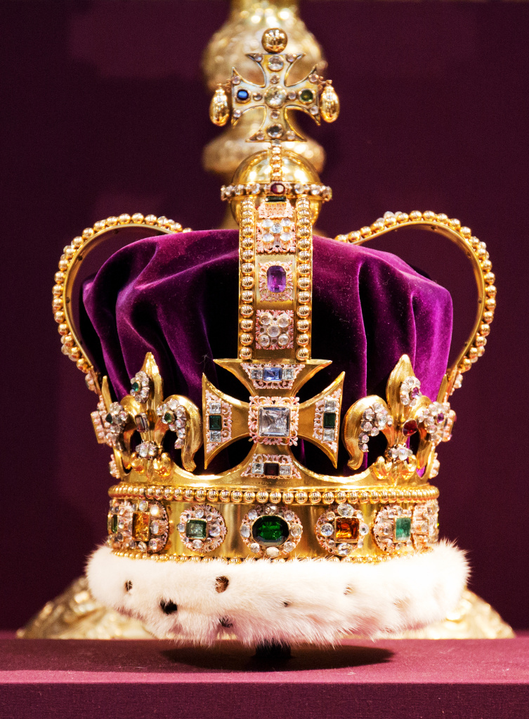 Airtalk 174 On Why America Should Crown A Monarch 89 3 Kpcc