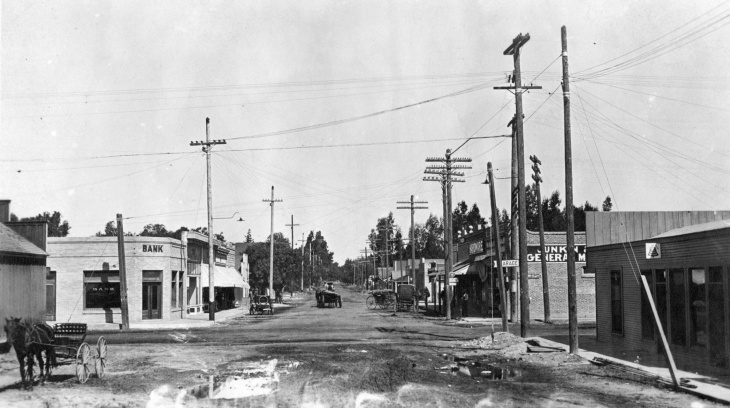 Garden Grove during the flood of 1916.