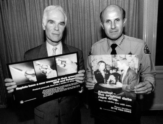 6/2/1999: District attorney Gil Garcetti and Los Angeles County Sheriff Lee Baca, elected in 1998, at L.A. media roundtable, Beverly Wilshire Hotel.