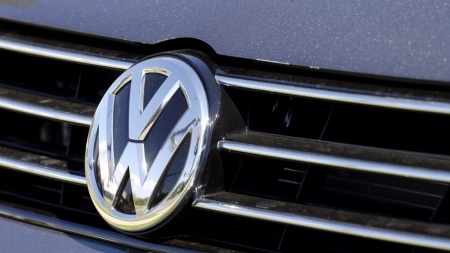 Volkswagen, US officials reach tentative deal