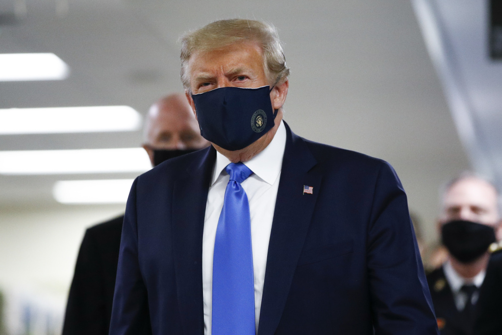 President Donald Trump wore a mask during his visit to Walter Reed National Military Medical Center in Bethesda, Md., on Saturday.