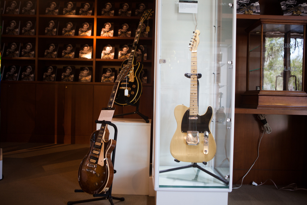 Leo Fender gifted this Fender guitar to Les Paul in 1951. The legendary guitar maker has just priced its IPO.