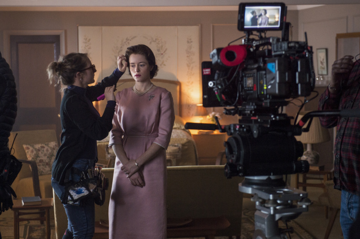 Jackie Kennedy and Queen Elizabeth II meet in the Netflix series, The Crown.
