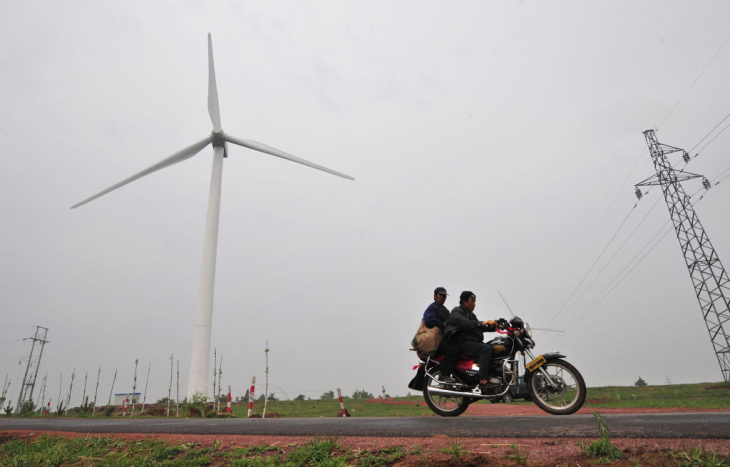 TO GO WITH China-Energy-Environment-Wind