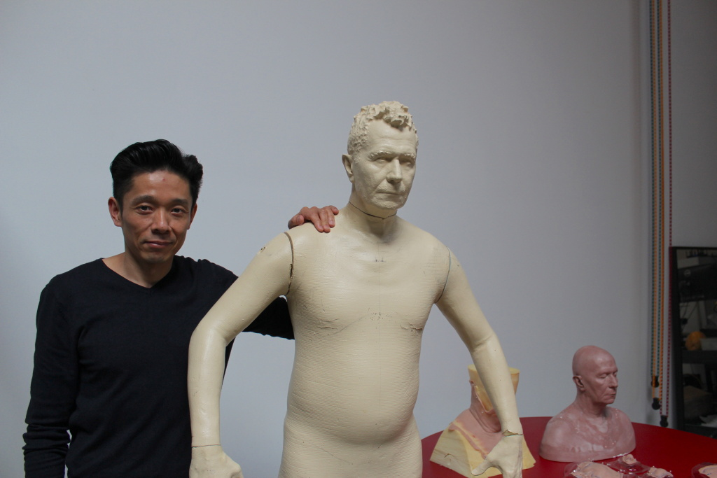 Artist Kazuhiro Tsuji with a cast of actor Gary Oldman.