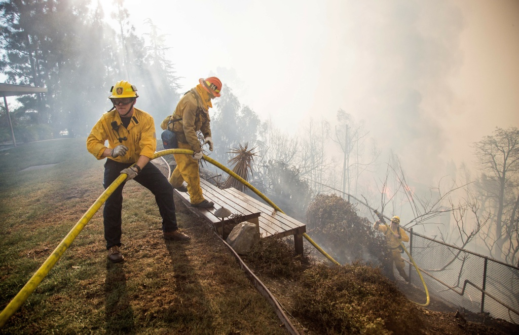Skirball Fire Reaches 50 Percent Containment As Residents Head Home