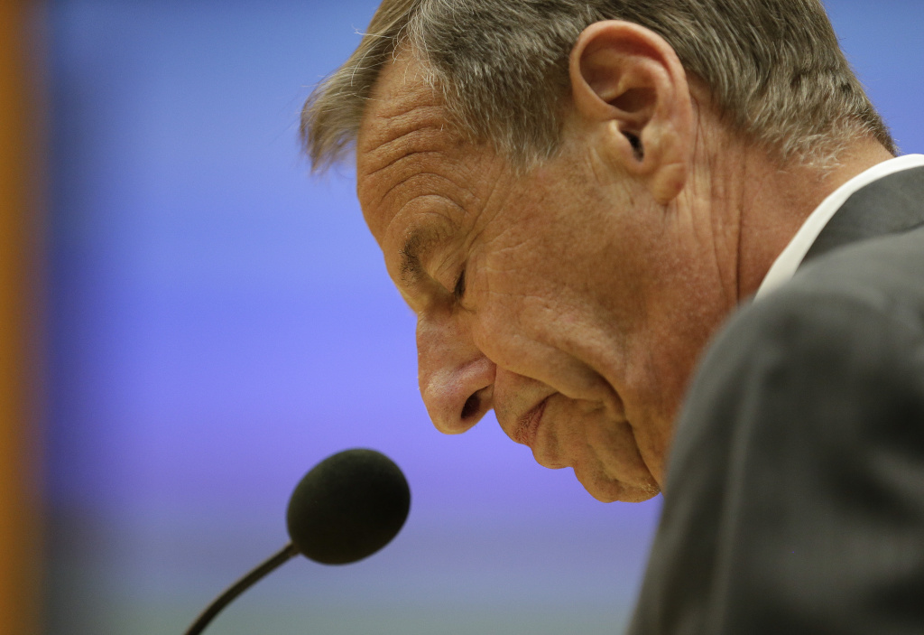 FILE - In this Friday, Aug. 23, 2013 file photo, San Diego Mayor Bob Filner speaks after agreeing to resign at a city council meeting in San Diego. The California attorney general's office has charged Filner with felony false imprisonment and two misdemeanor counts of battery. Filner, 71, resigned in late August, succumbing to intense pressure after at least 17 women brought lurid sexual harassment allegations against him. (AP Photo/Gregory Bull, File)