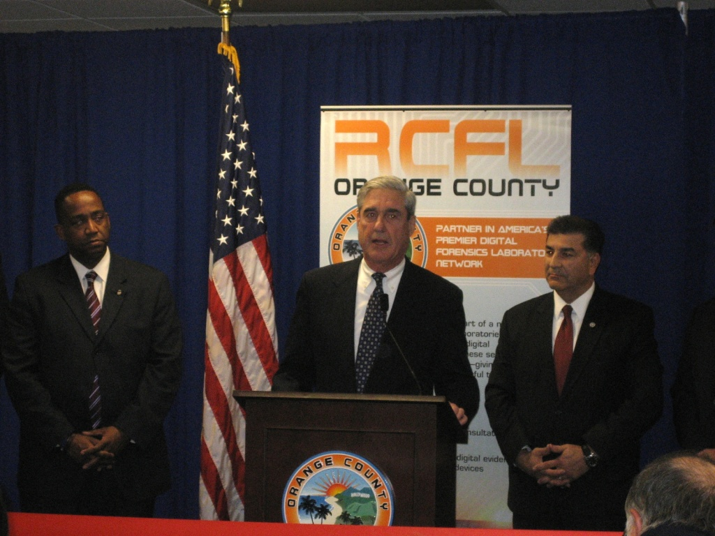 FBI Director Robert Mueller speaks at the unveiling of the new Orange County Regional Computer Forensics Lab.
