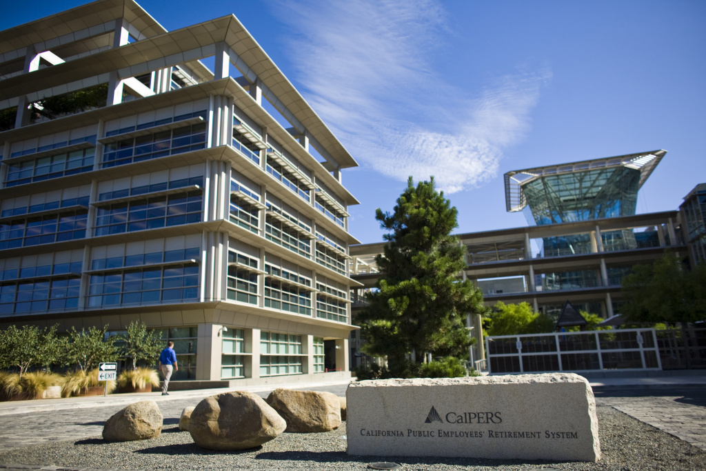 The California Public Employees' Retirement System building in Sacramento, California July 21, 2009. CalPERS, the state's public employees retirement fund, reported a loss of 23.4 percent.