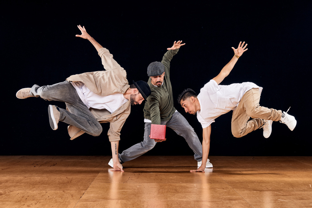 Versa-Style is a Los Angeles based dance company.