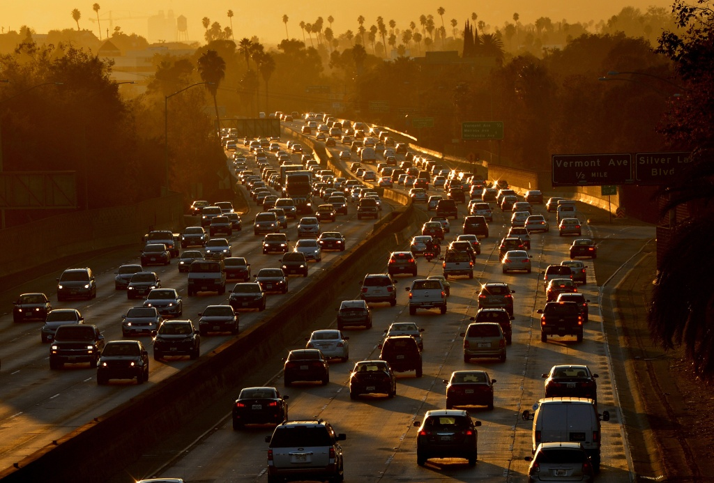 Heavy traffic clogs the 101 Freeway as people leave work for the Labor Day holiday in Los Angeles on Aug. 29, 2014.