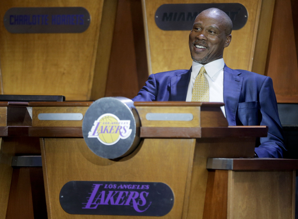 Los Angeles Lakers coach Byron Scott smiles as the studio begins to fill before the NBA basketball draft lottery, Tuesday, May 19, 2015, in New York. (AP Photo/Julie Jacobson)