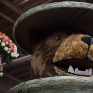 Meatball Rose Parade Glendale Bear