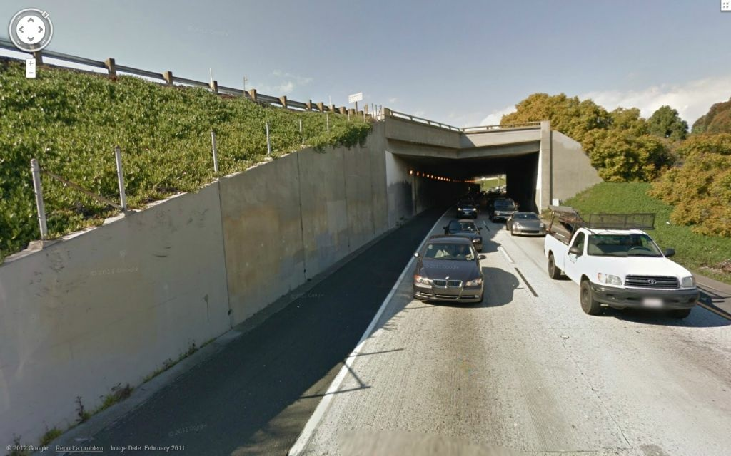 Google screenshot of a stretch of the Southbound 605 connector to the Southbound 405 freeway. A sigh of relief for the thousands of drivers using the southbound 605 freeway to get to the 405 southbound freeway, as a major connector has reopened.