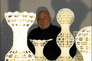 Off-Ramp architecture critic Sam Hall Kaplan (center), likes