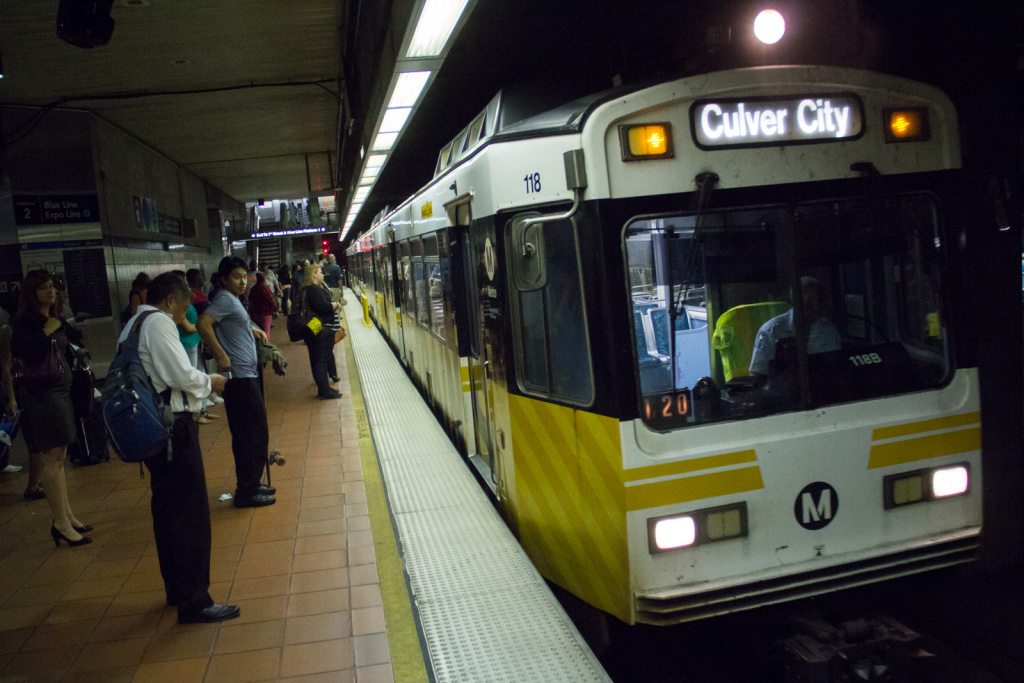 New study looks at ridership on two Metro Rail lines | The ...