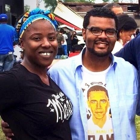 Tiffany Flowers and Alderman Antonio French in front of Quik Trip in Ferguson, MO.