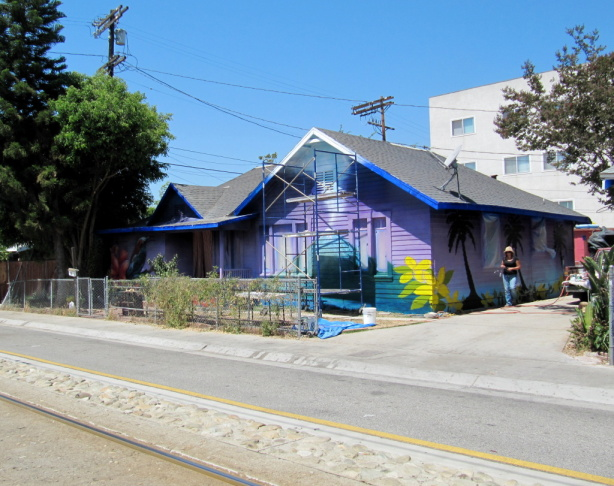 A mural project along Marmion Way and The Metro Gold Line in Highland Park sponsored by COFAC and Avenue 50 Studio.