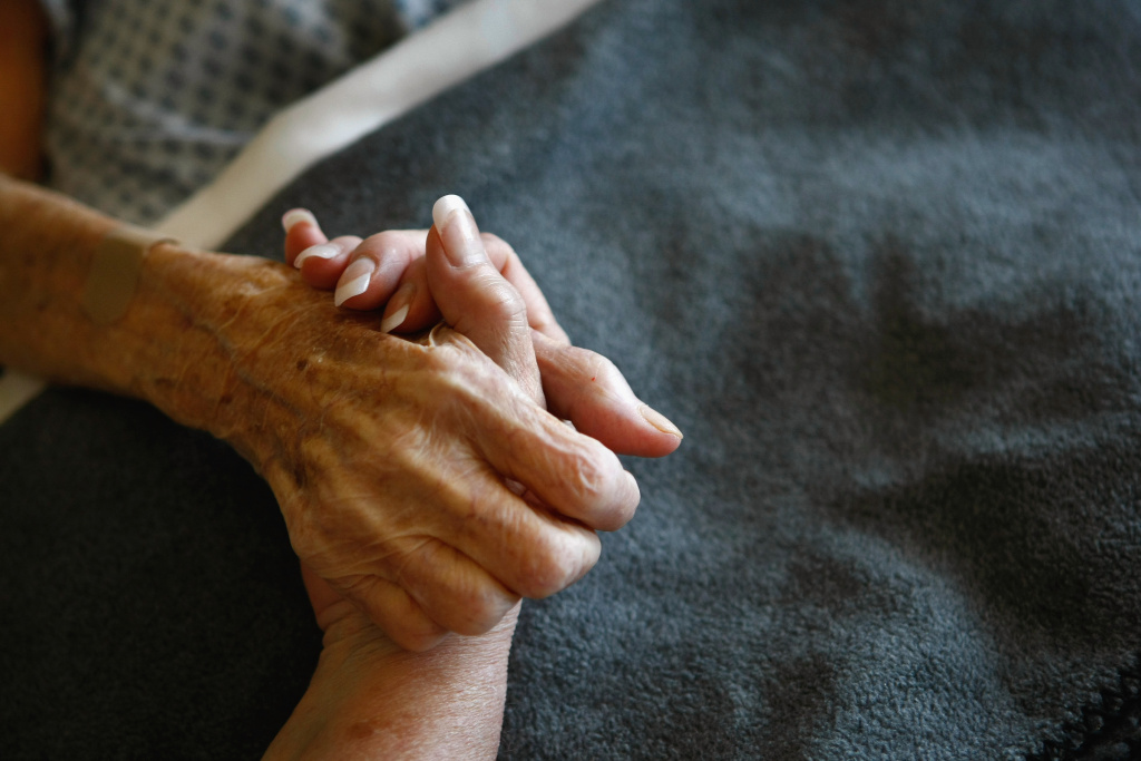 More than half of long-term nursing home residents with advanced dementia received at least one