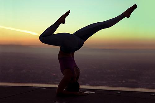 OUE Skyspace LA - Yoga in the Sky
