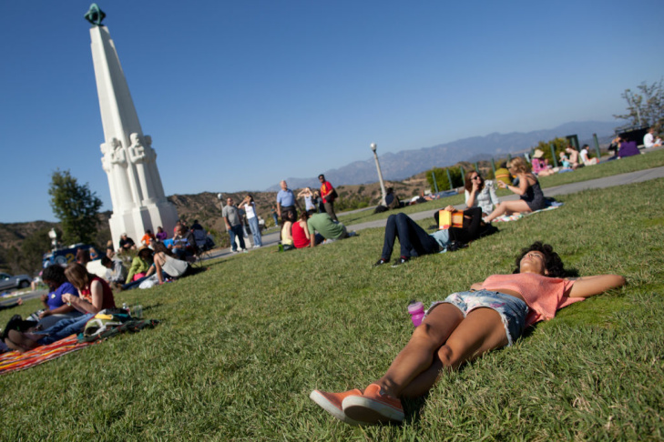 Kimberly Huber and her daughter Clarity, 4, view the transit of Venus on June 5 at Griffith Obervatory.