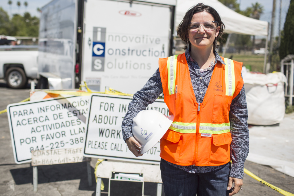 California Department of Toxic Substances Control senior scientist Sarah Cromie at an April 2016 soil removal operation at an East Los Angeles home, part of the Exide cleanup.