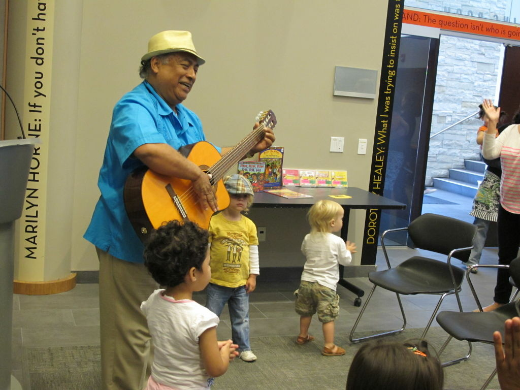 Jose Luis Orozco, rock star to the toddler and preschool set.