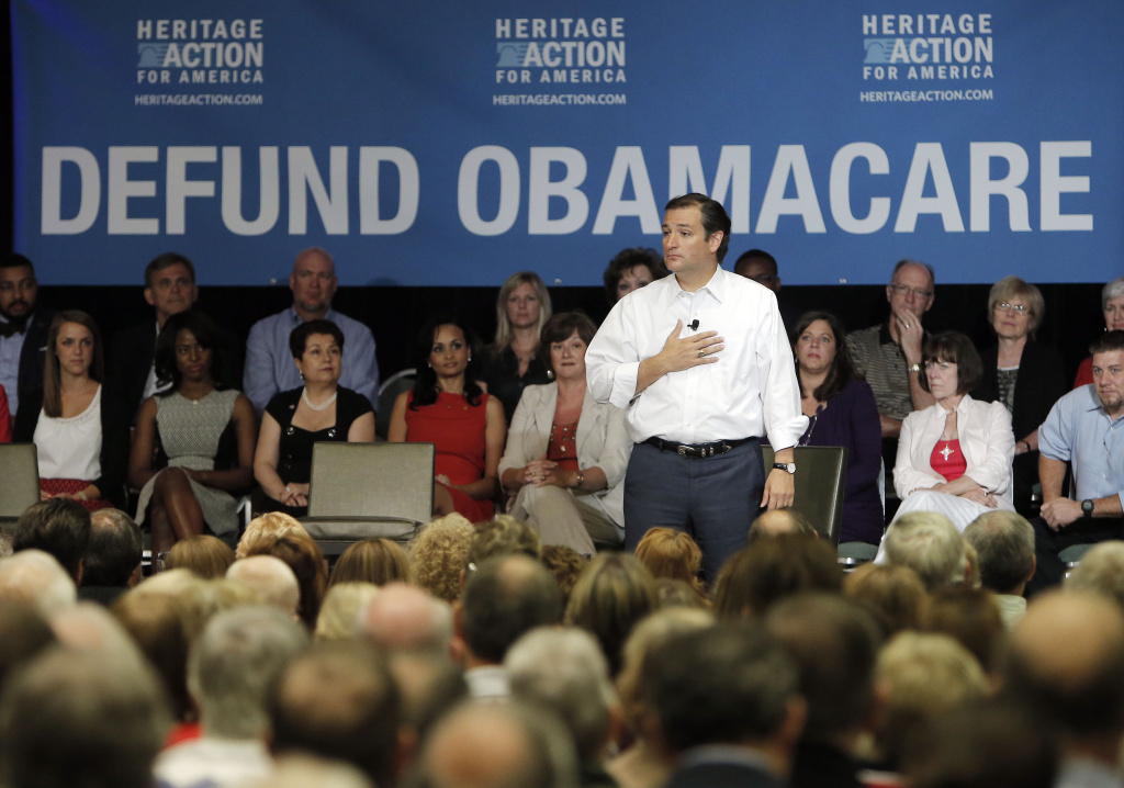 Sen. Ted Cruz (R-TX) speaks during a town hall meeting hosted by Heritage Action For America at the Hilton Anatole on August 20, 2013 in Dallas, Texas. Cruz is staging events across Texas sharing his plan to defund U.S. President Barack Obama's Affordable Care Act.