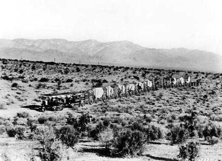 Caterpillar tractor aqueduct