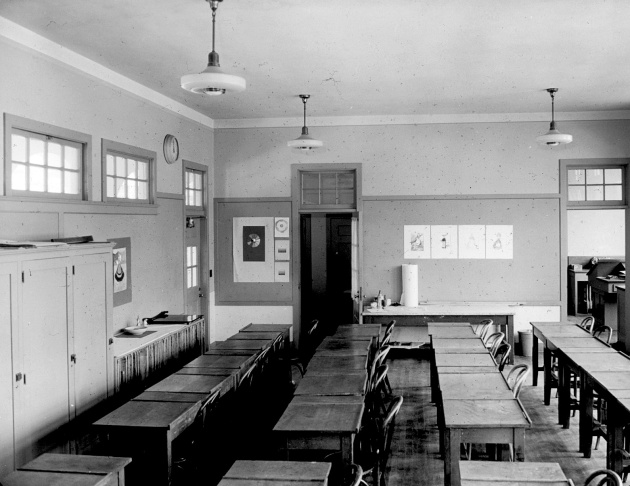 According to records from the South Pasadena Police Department, Verlin Spencer entered the South Pasadena Unified School District administration building at 1327 Diamond Ave. around 2:15 p.m. on May 6, 1940. The following images are crime scene photos taken by the South Pasadena police.