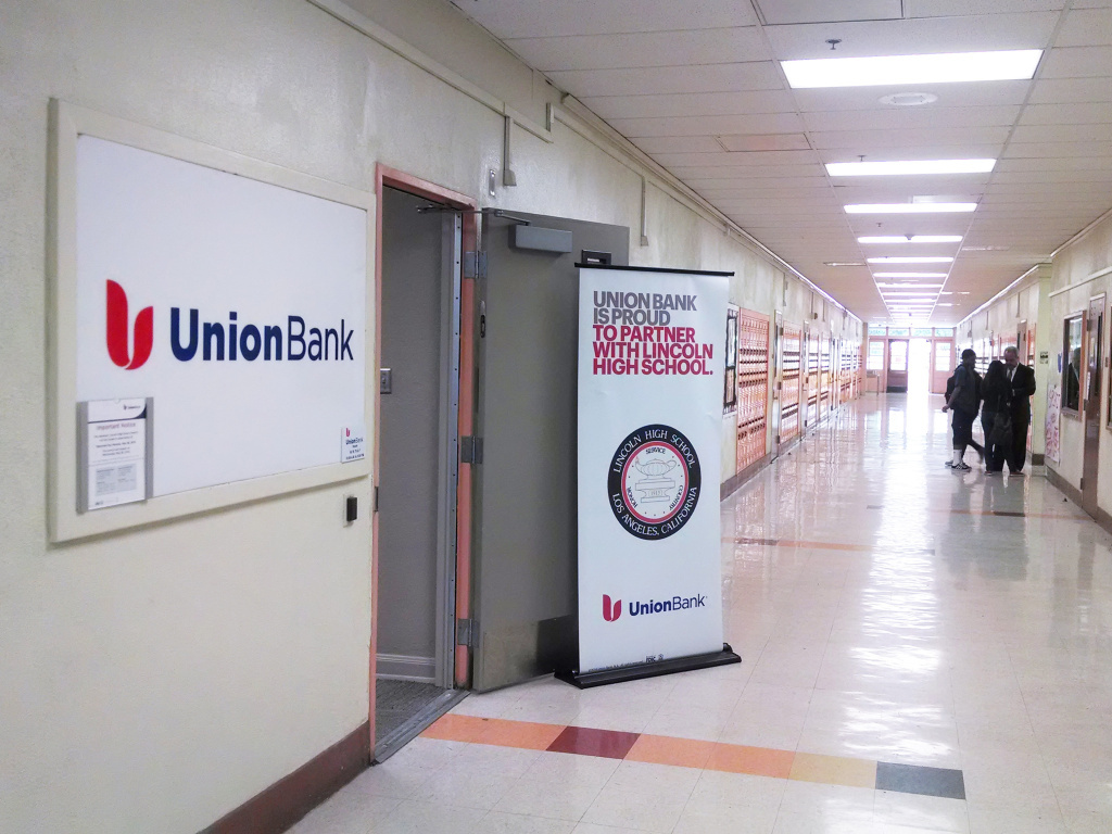 At lincoln high this bank branch is run by students 893 kpcc at a student run union bank branch located inside lincoln high school in los angeles ccuart Images
