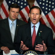 Sens. Blumenthal, Murphy, Schumer And Newtown Families Call For Passage Of Gun Legislation