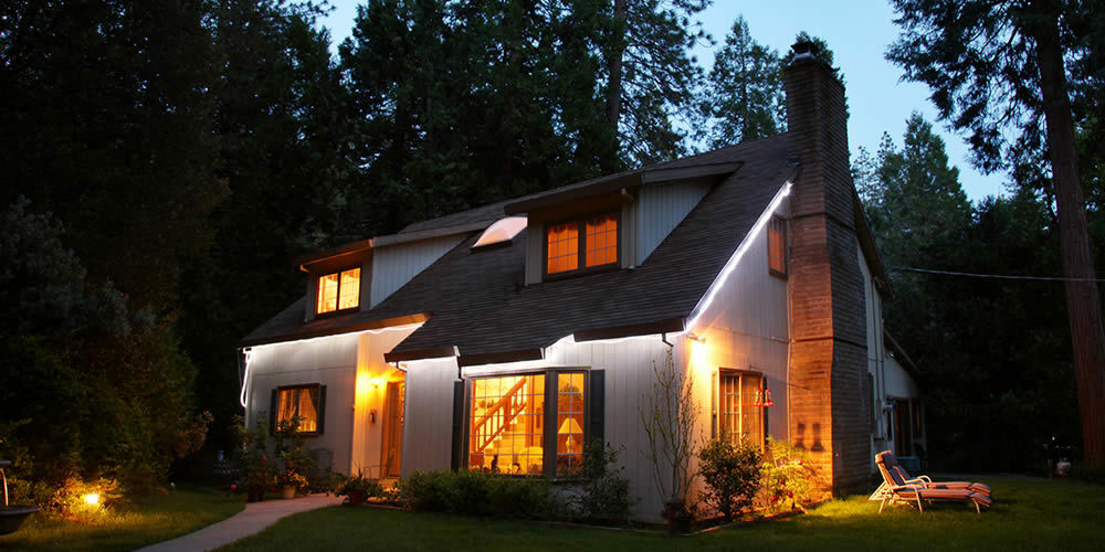 The Highland House Inn Bed and Breakfast in Mariposa county.