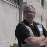 """Once a year, the Los Angeles tour company Esotouric makes a very special excursion - CRAWLING DOWN CAHUENGA; TOM WAITS' L.A. In this brief clip from the 2011 tour, host David Smay shows off the unassuming Echo Park alley where legendary cinematographer Haskell Wexler shot Waits' """"In The Neighborhood"""" video, and talks about his favorite things about being an Esotouric tour guide for the day.  More tour info http://www.esotouric.com/waits  Buy David Smay's """"Swordfishtrombones"""" book here http://www.amazon.com/exec/obidos/ASIN/0826427820/ref=nosim/bubblegumbook"""