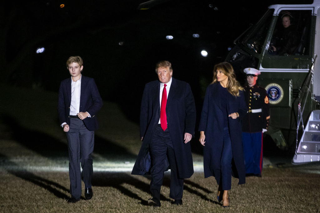 U.S. President Donald Trump, first lady Melania Trump and son Barron Trump arrive aboard Marine One on the South Lawn of the White House February 3, 2019 in Washington, D.C