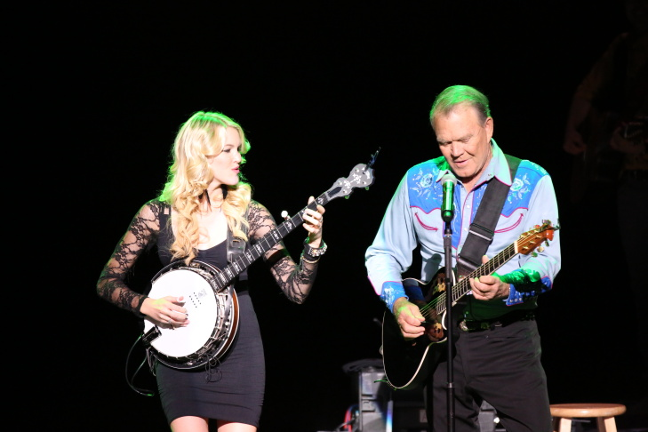 Glen Campbell and daughter Ashley Campbell.