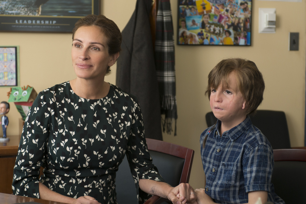 Julia Roberts and Jacob Tremblay in WONDER.
