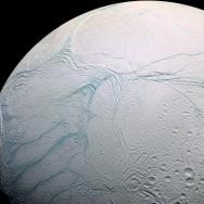 enceladus saturn moon
