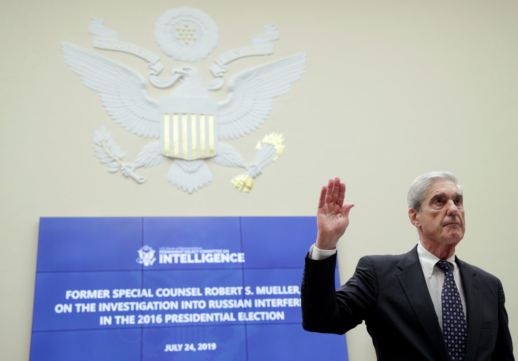 Former Special Counsel Robert Mueller is sworn in before the House Intelligence Committee about his report on Russian interference in the 2016 presidential election in the Rayburn House Office Building July 24, 2019 in Washington, DC.
