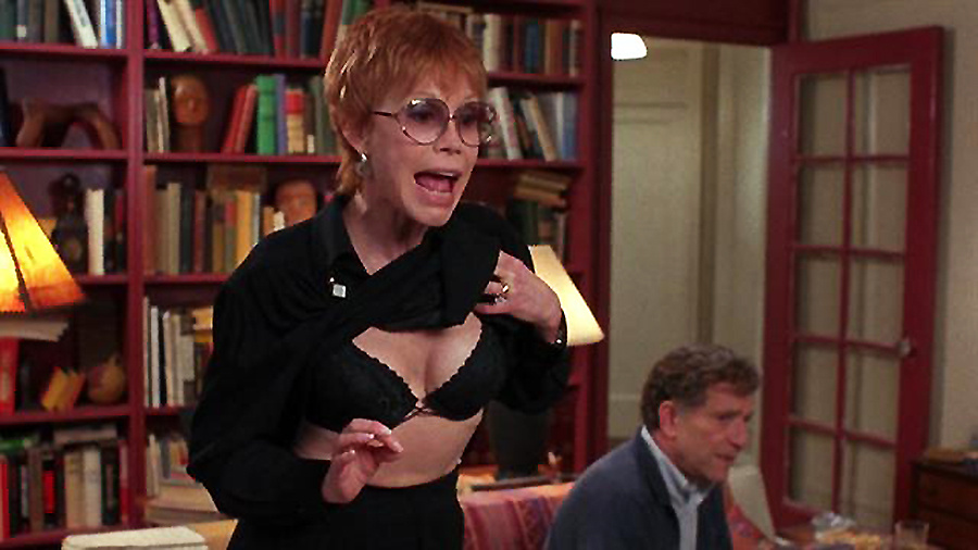 Mary Tyler Moore in the David O. Russell film