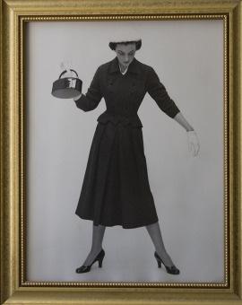 An undated family photo of Elizabeth Fee as a fashion model.