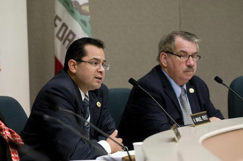 Manuel Perez speaks at an assembly hearing. Perez is one of the bill's supporters.