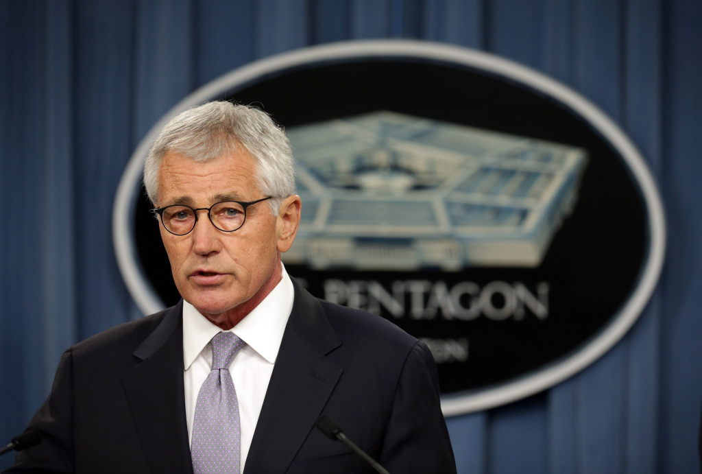 ARLINGTON, VA - OCTOBER 01:  U.S. Secretary of Defense Chuck Hagel speaks during a press briefing October 1, 2014 at the Pentagon in Arlington, Virginia. The briefing was to discuss the release of the Military Health System review.  (Photo by Alex Wong/Getty Images)