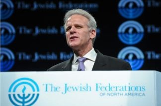 Israeli Ambassador to the US Michael Oren addresses the opening of the three-day General Assembly of the Jewish Federations of North America in Washington on November 8, 2009.